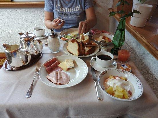 Hotel Gletschergarten: 朝食