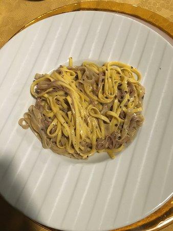 All'Angolo : Fettuccine al tartufo