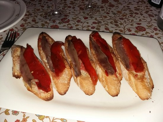 Arenys de Munt, Spanien: Restaurante Collsacreu