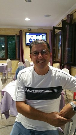 Aritzo, Italien: 20160820_202746_large.jpg