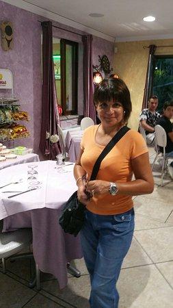 Aritzo, Italien: 20160820_202732_large.jpg