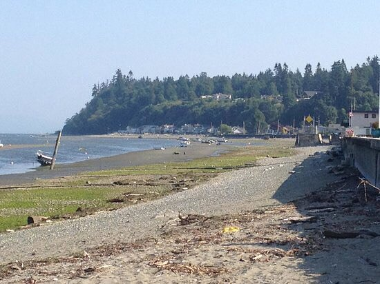 Centennial Beach: photo1.jpg