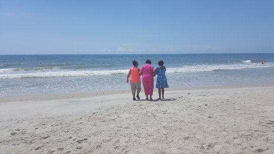 North Topsail Beach, NC: Safety in numbers...lol