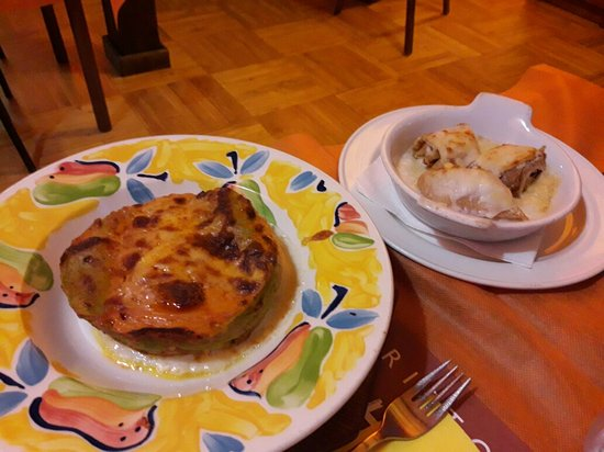 Gignod, İtalya: Crepapelle,lasagne e scaloppa alla valdostana