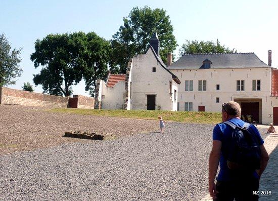 Waterloo, Belgique : Inside the farm