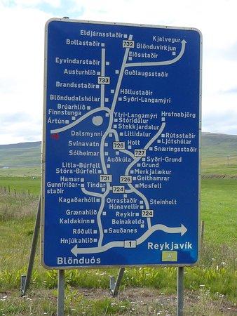 Blonduos, أيسلندا: Le trajet sur la route Kjölur qu'on peut faire dans les deux sens.