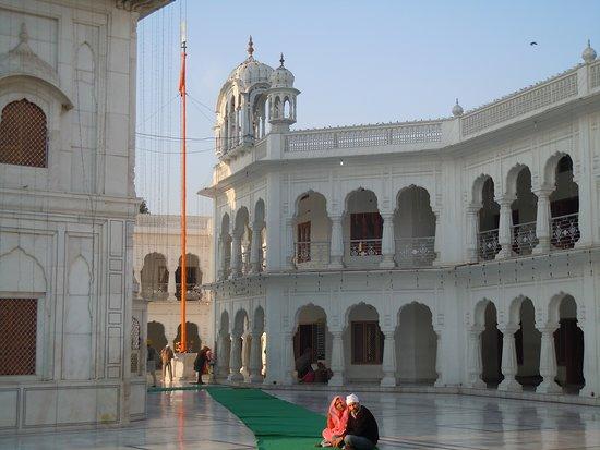 Det gyldne tempelet - Hari Mandir: Peaceful atmosphere
