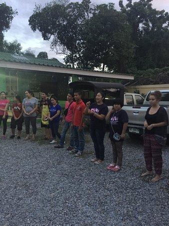 Joy's House: Een avond in het weeshuis