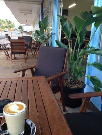 Atherton, ออสเตรเลีย: Troy's Coffee Lounge
