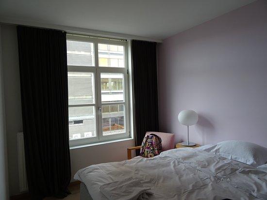 Antwerpen, Belgien: 2 bed 5th floor Apartment