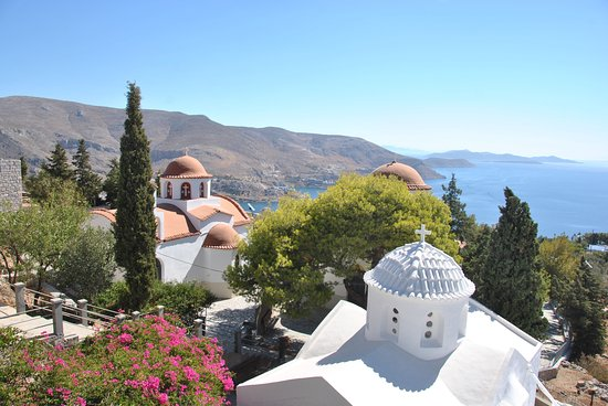 Pothia, กรีซ: Monastery complex