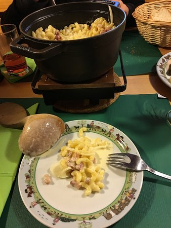 Les Paccots, Szwajcaria: Superbe service