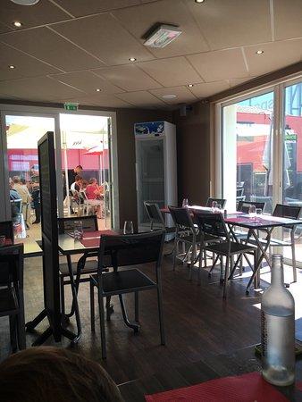 Poivre rouge rochefort espace commercial restaurant avis num ro de t l phone photos - Espace cuisine rochefort ...