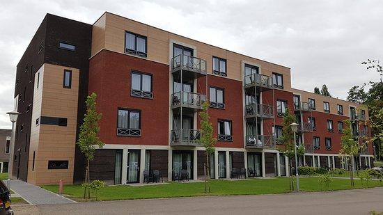 Arcen, Países Baixos: Mooie ruime kamers met balkon of tuin