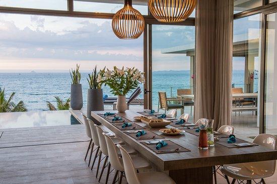 Mia Resort Nha Trang : 5 Bedroom Beachfront Villa