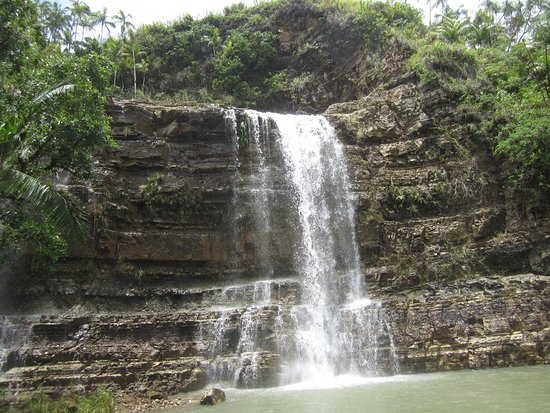 Yona, Mariana Islands: Tarzan Falls