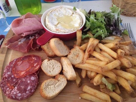 Ornolac-Ussat-les-Bains, Francja: Trop trop bon