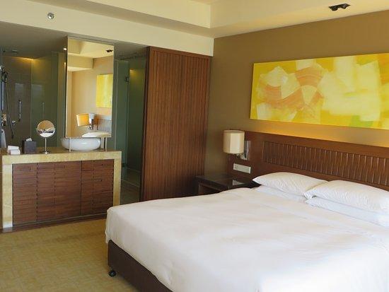 Hyatt Regency Kinabalu: Open plan design