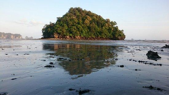 Noppharathara Beach: DSC_0003_large.jpg