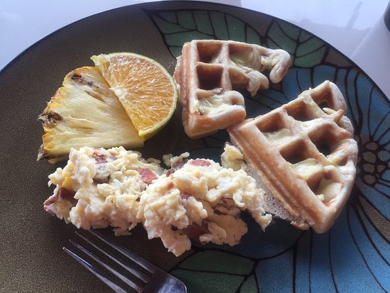 Caribbean Shores Bed & Breakfast: breakfast