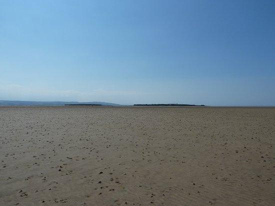 Wirral, UK: The walk to Hilbre Island.