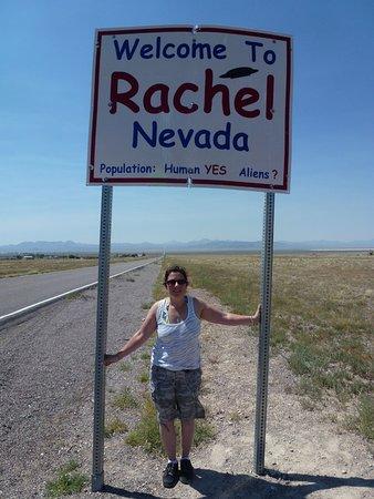 Extraterrestrial Highway: Sign in to Rachel