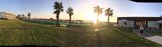 Nahsholim, Israel: מלון חוף נחשולים