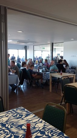 Dungeness, UK: Inside the cafe when not too busy
