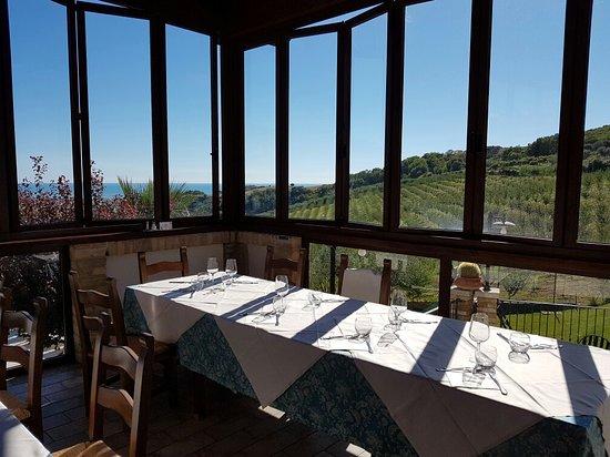 Sala da pranzo - Picture of Country House Il Cascinale, Colonnella ...