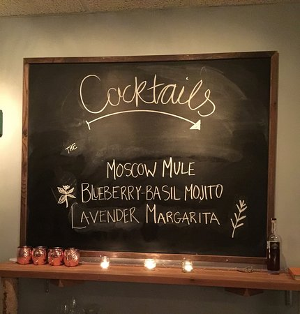 Northeast Harbor, ME: Craft cocktails at The Fork and Table