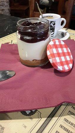 Clandestino: Cheesecake servido en Tarrito