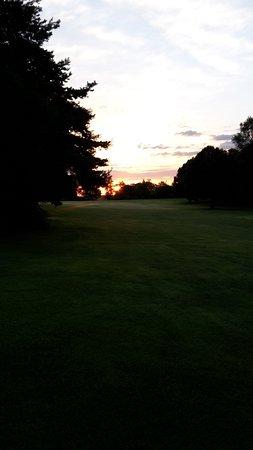 Golf-Club Schloss Elkofen: Morgens um 6:00 ... ALLEIN