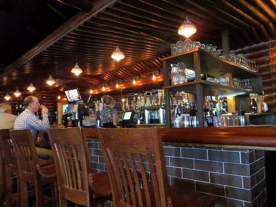 Plymouth, MI: Bar area
