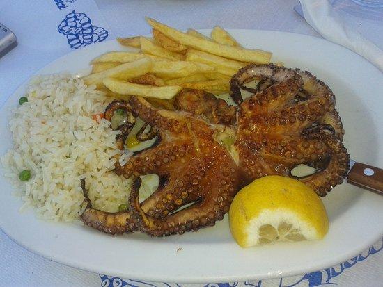 Σύβοτα, Ελλάδα: Spiridoula octopus