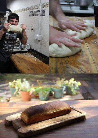 Hostel Casa del Pueblo: Desayuno con pan casero
