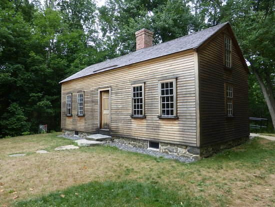 Concord, MA: The Small Home From 1800's