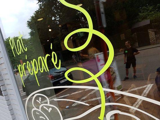 Woluwe-Saint-Lambert, Belgio: Plats à emporter