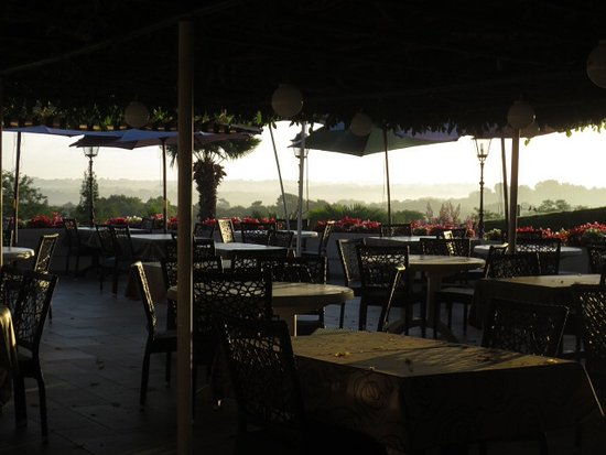 Montfort-en-Chalosse, Francia: The terrace.