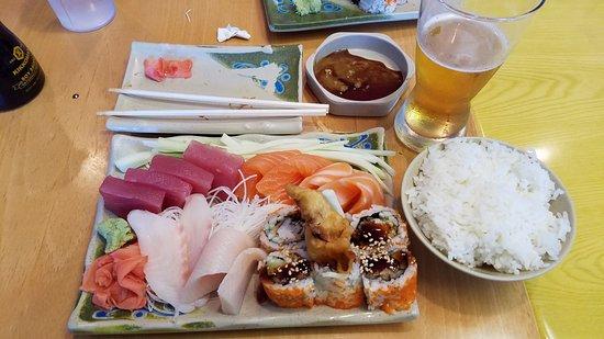 Ichiban Sushi: Sashimi with spider roll