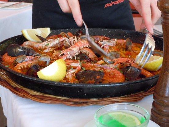 Restaurante miramar en andratx con cocina mediterr nea - Cocina con sara paella ...