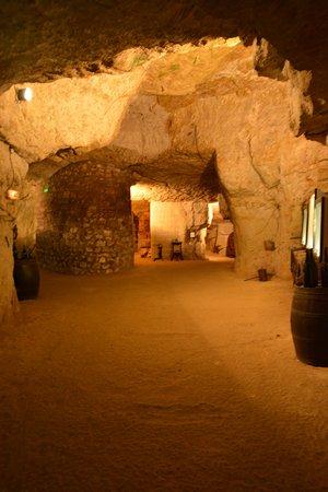 Cave du Pays de Bourgueil: Le musée dans les grottes de tuffeau