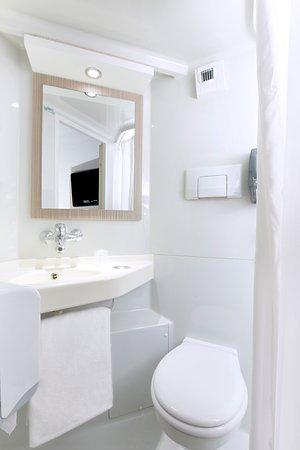برميير كلاس بوردو سود - بيساك بيكيريل: salle de bain