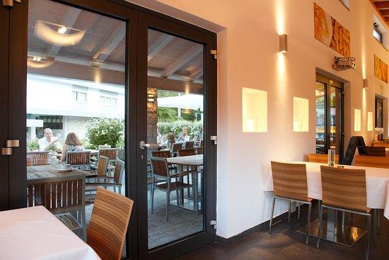 Idro, Italy: Ristorante la tavola - terrazzo