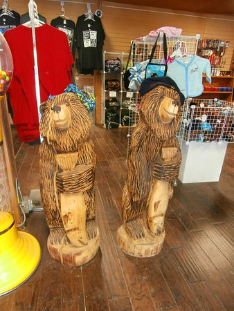 Gwin's Lodge and Restaurant: Gwin's Lodge gift shop