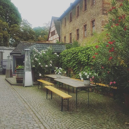 Eltville am Rhein, Alemanha: IMG_20160820_155528_large.jpg