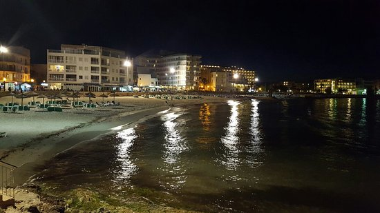 Playa Moreia Apartments : 20160616_222636_large.jpg