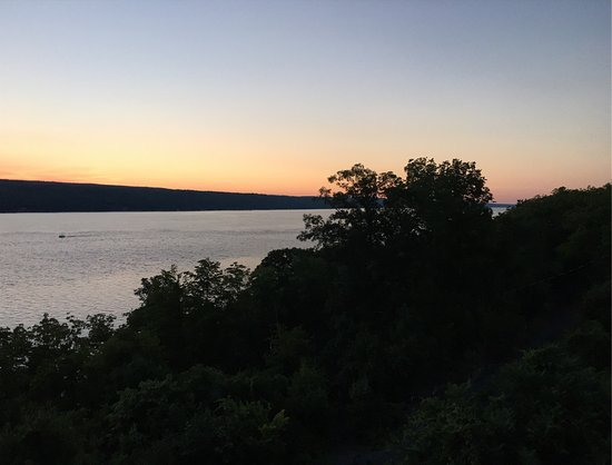 Finger Lakes Waterfall Resort: photo1.jpg