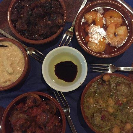 Aberdyfi (Aberdovey), UK: Very delicious tapas!