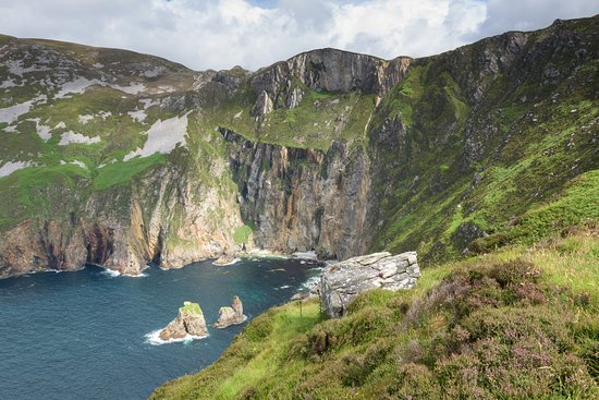Carrick, Ireland: On the path up to the top