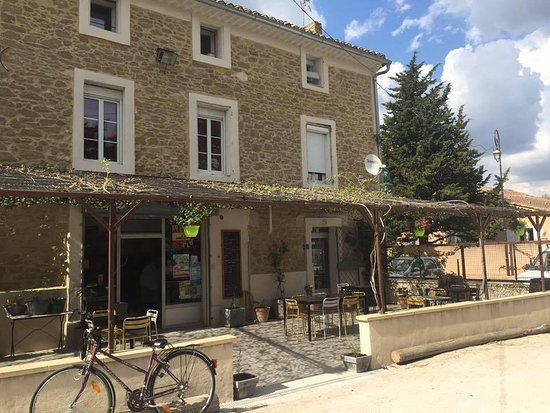 Althen-des-Paluds, Prancis: La Terrasse